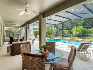 Luxury 6BD Resort Home - Xmas deal, Free BBQ or Pool Heat!, Kissimmee