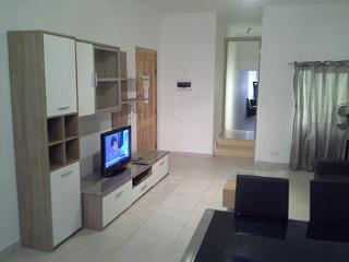 spacious apartment 5 minutes walk to beaches
