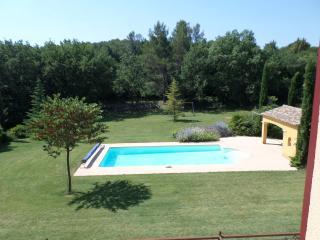 Studio de charme pour repos au bord de la piscine, Fuveau