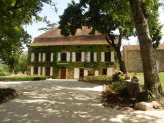 Gite Chateau La Riviere Lot France, Calvignac