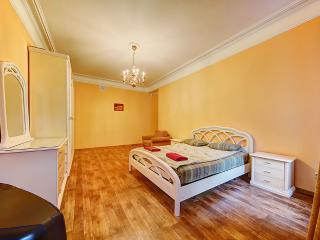 2-bedroom apartment for up to 8 people (244), St. Petersburg