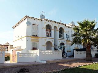 AL92 Top floor apartment to rent in El Galan, La Zenia