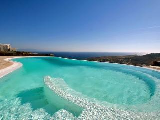 Grand Paradiso-Villa Complex in Super Paradise, Mykonos-Stadt