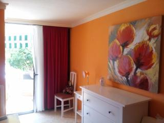Stylish 2 bdrs apartment, Los Cristianos, Arona