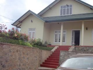 Hiru Holiday Bungalow, Nuwara Eliya