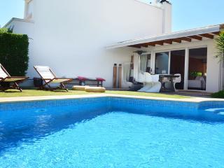 Villa Azalea III, Sesimbra