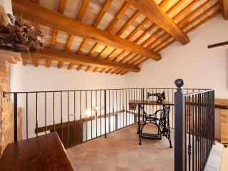 Collerovere country house, Sant'Angelo In Pontano