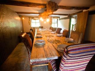 atmospheric dining for up to 16 people