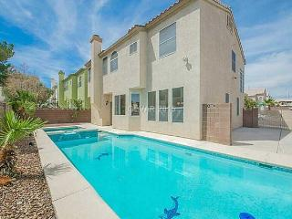 5 Bedroom Pool & Spa Home 15min from Vegas Strip, Las Vegas