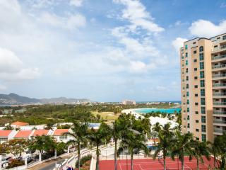 CARIBBEAN PARADISE... affordable 2BR condo at Rainbow Beach Club on the shores, St. Martin/St. Maarten