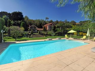 Magnificent Villa with swimming pool, Cannes