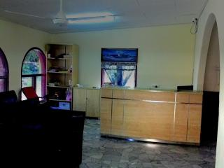 MH de Villa - Family Room, Padang Mat Sirat