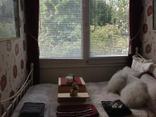 private room, London