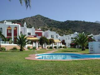"Urb. ""Alhambra"" 3 bedrooms house, Nerja"
