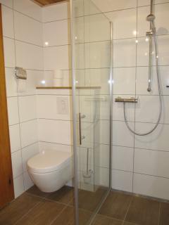 Bathroom downtairs - Badezimmer untergeschoss - badkamer gelijkvloers