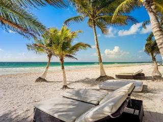Hacienda Paraiso - Beachfront Home with Private Terraces, Air Conditioning, WiFi, Tulum
