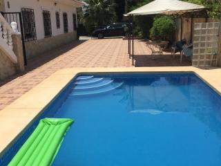 Villa Ana House 1 with Pool near Beach, Benidorm