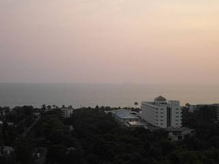 Sea view studio near Jomtien beach (JBC A3 F15 R35, Pattaya