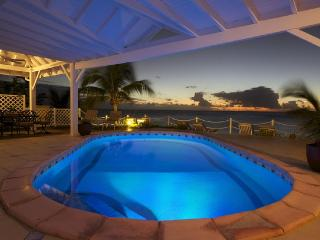 Belle Amour - Ideal for Couples and Families, Beautiful Pool and Beach, Saint-Martin