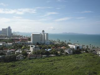 Luxury penthouse sea view condo JBC S1 F16 R40-41, Pattaya
