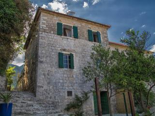 Villa Kamenari