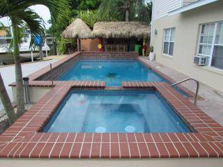 Dahl Beach House Paradise