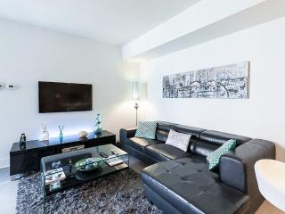 2 Bedroom condo at Solano 4 - 403, Montreal