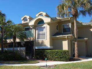 1.5 Miles to Beach. Rates as Low as $1800 a Month., Naples