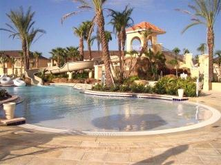 Stunning 4 Bed/3 Bath House at Regal Palms Resort, Davenport