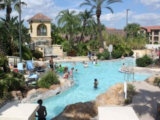 SUPERB 4 Bed/3.5 Bath House at Regal Palms Resort Near Disney, Davenport