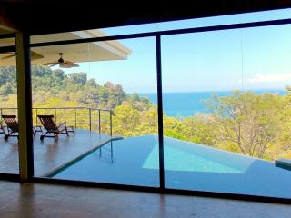 Luxurious 5 bed./4.5 bath with Amazing Ocean Views, Parque Nacional Manuel Antonio