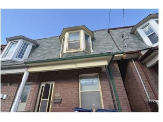 Two Bedroom Apartment in Dundas W!