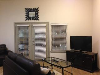 Great Unit In Oak Clif/Garland1UT3700444, Dallas