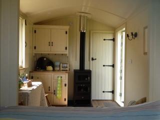 Holmebeck Hut, Whashton