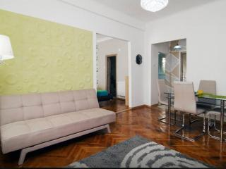 New Flat In The Heart Of City, Bucarest