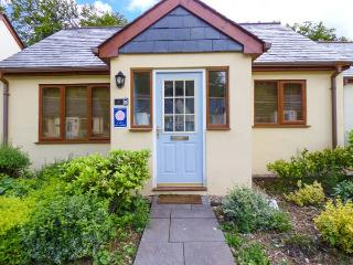 LILYVALE, detached, ground floor, garden with furniture, on-site tennis, near Camelford, Ref 925930