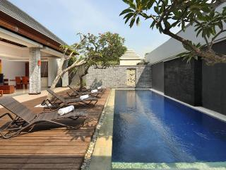 1 Bed Romantic Honeymoon Private Pool Villa - 9, Seminyak