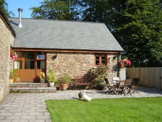 BEEBA Barn situated in Bude (10mls N)