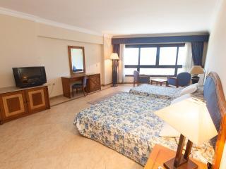 happylife furnished apartment in Alia beach resort, Hurghada