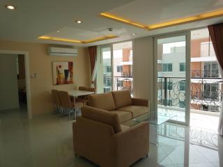 Sea view 2 bedroom apartmen (Paradise park F8 R810, Pattaya