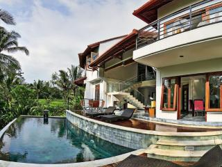 Serene, luxurious retreat in the rice fields, Ubud