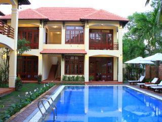 The Earth Villa