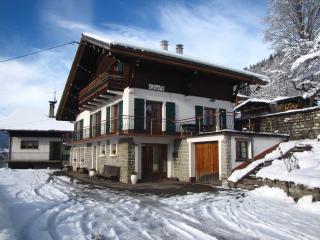 Ski chalet Morzine - La Clavella - 8/12 sleeps