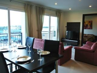 2 bedroom city view condo (Park Lane B2 F6 R619), Pattaya