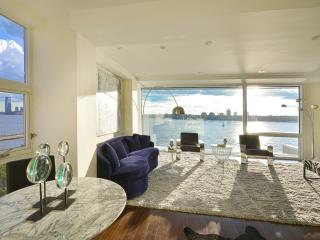 Stunning 2 Bedroom West Village Penthouse on Hudson River, Nueva York