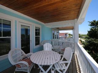 Sanderling South -Ocean view duplex with open floor plan & great views