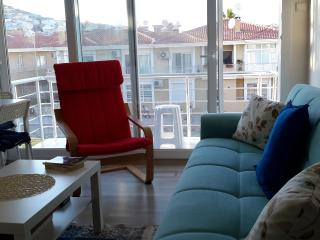 Cozy new flat at Cesme Center, İzmir Turkey