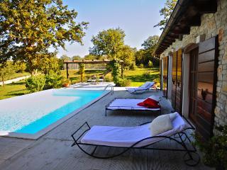 Villa Brozinca, Rovinjsko Selo