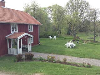 Swedish rural idyll / English Rural Idyll