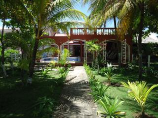 Casa Familia, Poneloya, Nicaragua